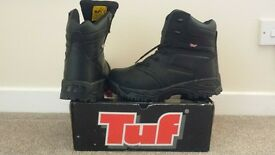 **NEW AND BOXED SIZE 8 TUF SPORTS HIKER SAFETY BOOTS, BLACK, STYLE -160-655**