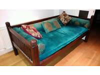 Day bed/ lounge chair/sofa