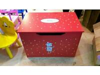 Wood new Red toy box