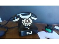 Bakelite working telephone