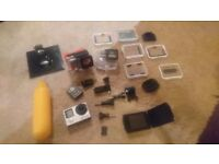 Gopro hero 4 black 4k, lcd screen, 3 batterys, loads of accessories