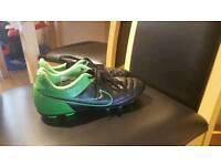 Nike Tiempo 5.5 size - vgc