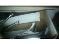 BATH/SINK CHROME MODERN MIXER TAP NEW AND BOXED