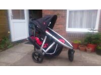 Phil and Teds double buggy including pram insert