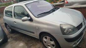 Renault clio Dynamique 2004 full year MOT lovely car lots of extras £850 o n o