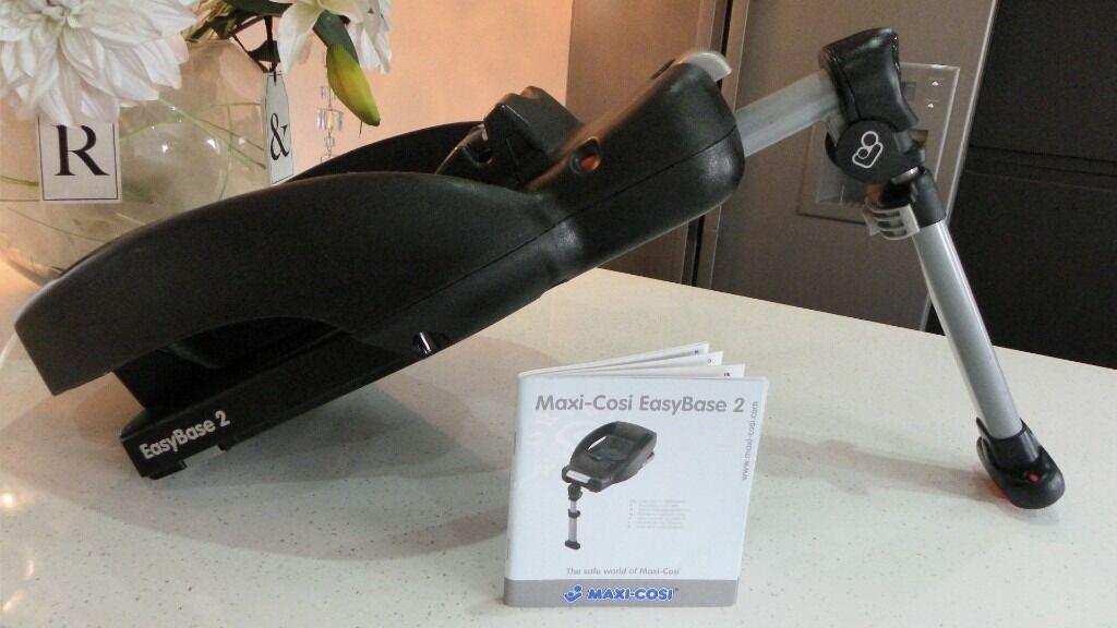 maxi cosi easy base 2 fits maxi cosi cabriofix pebble. Black Bedroom Furniture Sets. Home Design Ideas
