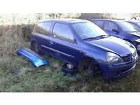 2003 Renault clio breaking parts 1.2
