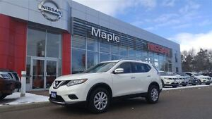 2016 Nissan Rogue S AWD - NON-RENTAL, Low Mileage Alert!