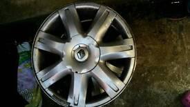 "Renault set of 16"" alloys"