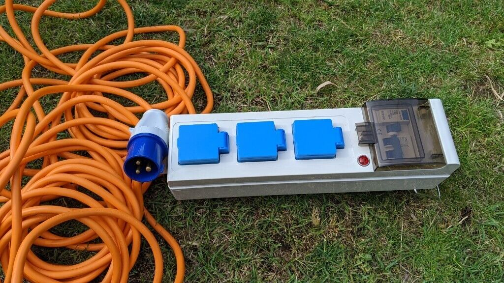 Camping electric hook up   in Swindon, Wiltshire   Gumtree