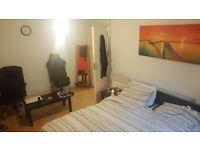 Double room in Highgate ( single occupancy )
