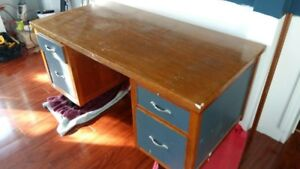 Solid wood desk - free