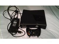 Xbox 360 Slim with Kinect, Games and Wireless Controller