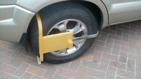 WHEEL CLAMP Security device.