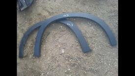 BMW E70 X5 SE WHEEL ARCH TRIMS FOR SALE COMPLETE SET X4 CALL FOR ANY INFO
