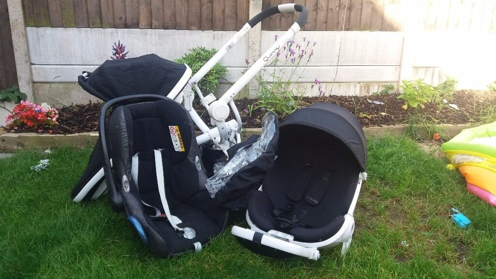 Quinny moodd good conditionin Stoke on Trent, StaffordshireGumtree - Quinny moodd excellent condition travel system white chasis with black car seat, carrycot and multi facing seat, also includes rain cover. Paid £999 This is still RRP of the travel system in most stores. Stylish and practical travel system