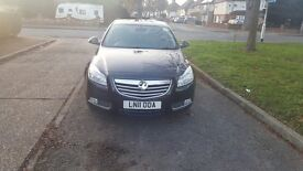uber registered vauxhall insignia 2011 with sat nav