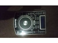 2 Numark NDX400 CDJs and Numark M101 2 channel mixer