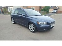 Hi for sale Volvo v50 estate 2litre diesel run and drive perfect in perfect condition