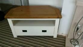 Oak & cream tv table