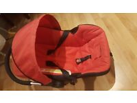Hauck - Baby Car Seat in Red 0+