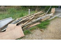 FREE FIREWOOD OR FOR PROJECT BUILDING FREE TO COLLECT