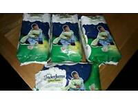 32 boys pampers underjams/pull ups/ nappies age 8-12