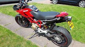 Ducati Hypermotard 1100 S *PLUS EXTRAS*