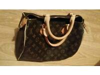 Brandnew ladies handbag