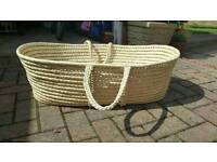 Moses Basket with mattress and two sheets