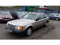 1989 (F Reg) Mercedes-Benz 230 2.3 E 4dr FOR £995 (MOT: 10/07/2017) & 3 MONTHS WARRANTY