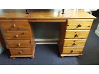 8 Drawer Pine Dressing table