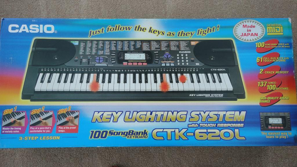 casio ctk 620l keyboard with key lighting system with stand in ringwood hampshire gumtree. Black Bedroom Furniture Sets. Home Design Ideas