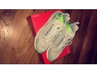 Nike Huarache Run Size 6