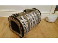 Small dog / cat / pet carrier