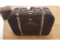 Suitcase-black in excellent condition