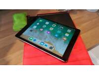 IPad air (32gb )Wi-Fi and cellular takes any SIM cards. Excellent condition