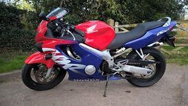 Honda CBR 600f 1999 17K miles Red White Blue