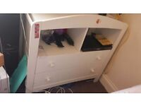 COT AND CHANGING WHITE UNIT FOR SALE