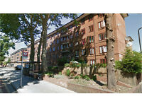 Clapton E5. Light & Spacious 3 Bed Furnished Flat with Balcony in Low Rise Block close to Station