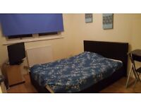 ALL BILLS INCLUDED BIG DOUBLE ROOM CALL ANY TIME