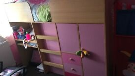 Highrise bed
