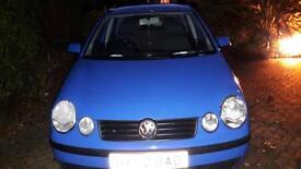 Volkswagen Polo 1.4 FSI 4 door blue hatchback