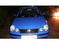 Volkswagen Polo 1.4 FSI 4 door blue hatchback