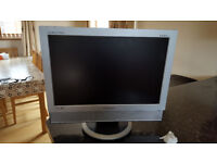 Samsung 19 in flat tv monitor + dvd player