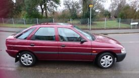 Ford Escort 1.6 L Serenade