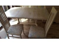 Limed Oak Extendable Dinning Room Table and 4 Chairs. (Seats 6 -8 people).