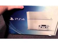 PS4 500GB WHITE & GAMES