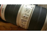 Canon Lens EF 70-200mm f/2.8L IS II USM - AS NEW CONDITION HARDLY USED