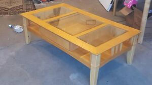 Wood/glass coffee table